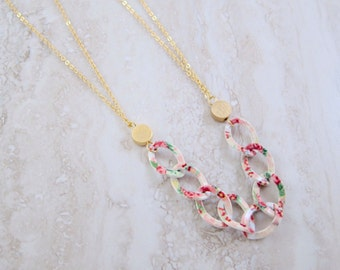 Floral Chain with Fine Gold Chain Necklace - Chunky Statement Necklace
