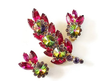 RARE Juliana For Hobe Brooch and Earring Set Designed By DeLizza and Elster 1961-62 Inspiration for Juliana