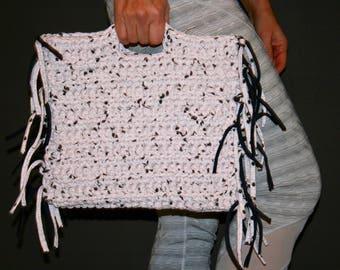 T-shirt yarn tablet bag