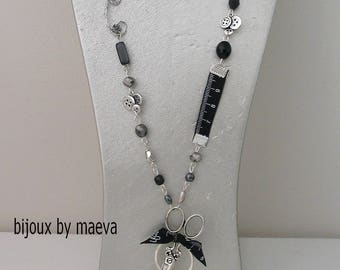 Costume jewelery for seamstress black and silver