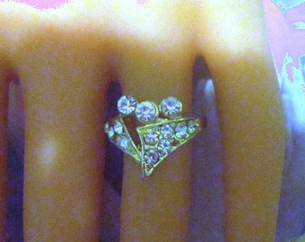 Vintage Gold and Rhinestone Ring - Size 5.25 - R-072