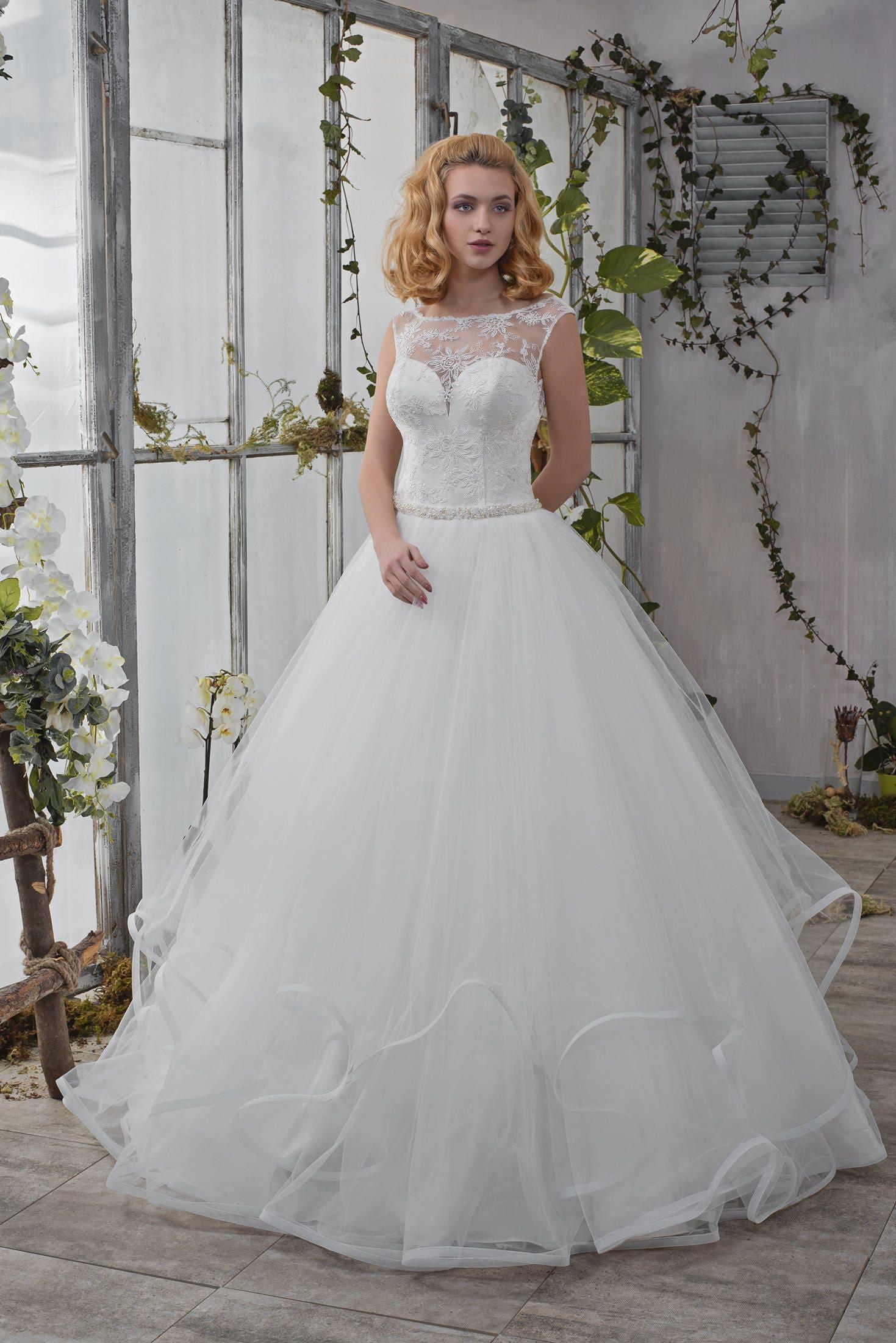 Wedding Dress Romantic Wellen Rock Hochzeitskleid Brautkleid