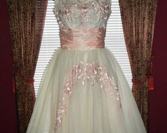 Angelic Pink Satin & White Chiffon Vintage 1950's Prom, Party, Event, Dance, Ball Gown Dress 34