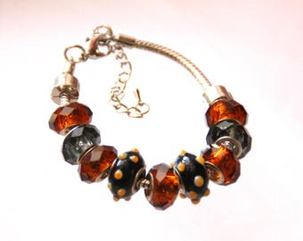 """The collection """"The whims of Millie"""" bracelet made of beads"""