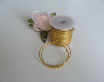 Leather cord genuine lace circle diameter 1 mm color gold