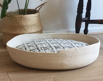 Rope Basket Pet Bed - Black & White Pillow Dog Bed - Modern Design Cushion Cat Bed - Medium Cotton rope basket Coiled - Terriers Puppies