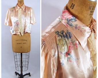 1930s Pink Satin Floral Bed Jacket // Medium // 30s 1940s Pink Rose Print - Boudoir Lingerie Smocked Floral Print