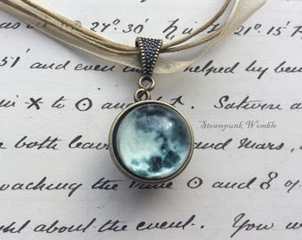 Moon necklace, Moon, To the moon and back, Glow in the dark, Science jewelry, Science gifts, Planet necklace, Astronomy, Unusual jewellery