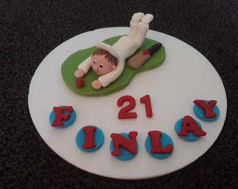Edible Handmade fun cricket/ cricketer birthday cake topper PERSONALISED