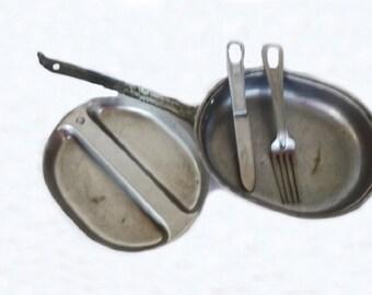 Antique Army Mess Kit with Silverware, WW II Memorabilia, World War 2, Military Memorabilia, Military Dishes, Army Dishes, Army Memorabilia