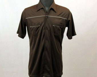Vintage 70s Men's Brown Knit Shirt / Button Front / Front Pockets / Open Neck / Da Vinci California / Large / Polyester / Short Sleeves