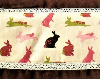 Table runner with bunny and Lace Easter 40x140