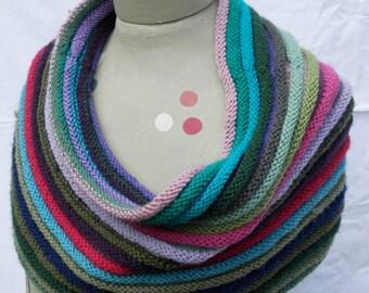 100% Wool Shawl - HAND KNIT - Poncho / Cowl