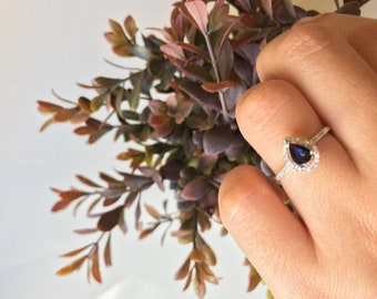 0.5 ct Pear Sapphire Halo Engagement ring