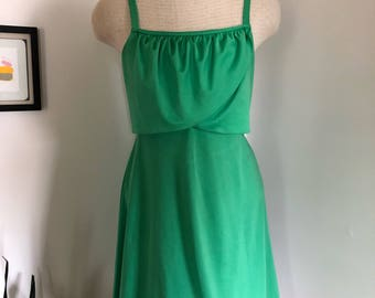 Kelly Green Empire Waist Ruffle Sun Dress S M