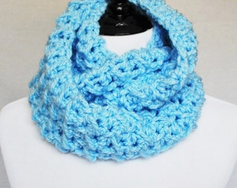 Blue Crochet Infinity Scarf, Chunky Cowl, Crochet Neck Warmer - Light Pastel Blue, Sky Blue, Moss Stitch