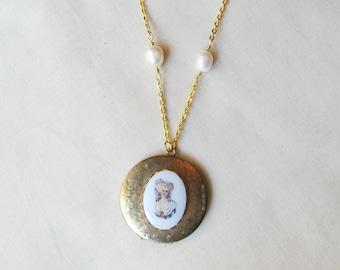Jane Eyre Locket Necklace - Charlotte Bronte Freshwater Pearls - Vintage Cameo Literature