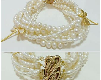 Very elegant natural freshwater pearls bracelet, gold plated