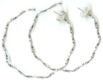 Argentium Sterling Wiggle --- 1.5in Hoop Earrings