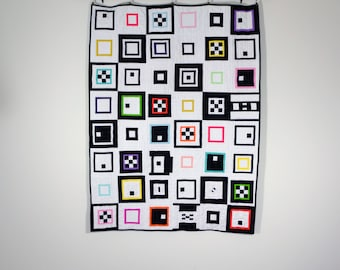 Graphic Lap Quilt, Modern quilt, Graphic Crib Quilt, Modern Lap Quilt, Black and White Quilt, Wall Quilt