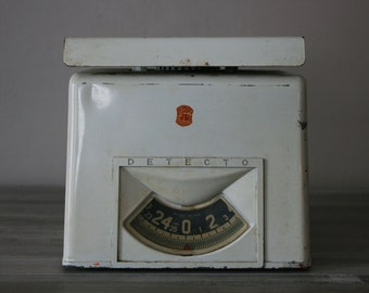 Detecto Kitchen Scale / Vintage Kitchen Scale / Antique Kitchen Scale