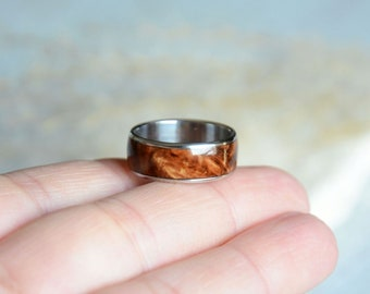 Burl wood ring size 6,5, wooden band ring with stainless steel, natural ring & wood inlay, reclaimed wood jewelry, handmade wood inlay ring