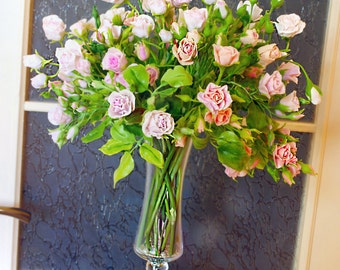 flower arrangement - bouquet of roses, luxury gift, birthday gift ideas, anniversary gifts