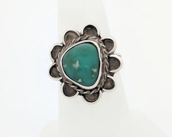 Sterling Silver Green Stone Ring Size 6.5