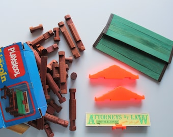 Vintage Playskool Hasbro Wooden 72 Piece Lincoln Log Toy Set 1989