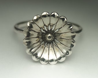 Flower Ring, Sterling Silver Flower Ring, Statement Ring, Made to order, Handmade Ring, Flower Ring Silver, Flower Ring Sterling Silver
