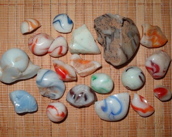 Lot of 20 Pieces of Alley Agate Cullet / Marble Cullet / Vintage Marbles / Collectible Marbles / Vintage Alley Agate / Lot #402
