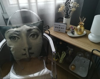 Design Fornasetti style beige canvas Face pillow cushion retro Indoor