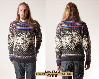Men's Knitted Nordic style sweater / Dale of Norway style  / Colorful Ski Winter  sweater / size Small to Medium