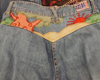 Vintage Faded Glory Denim Sunset Scene Bell Bottom Flares 70's embroidered XS/S
