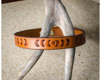 Tooled brown leather choker / double wrap bracelet