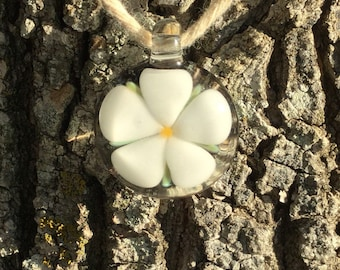 Handmade flower glass pendant, floral pendant, heady flower pendant, handblown glass pendant, boro glass pendant, flower necklace, spring