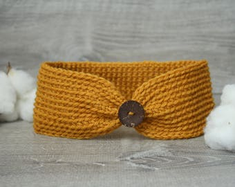 The Mustard Ellinore Earwarmer