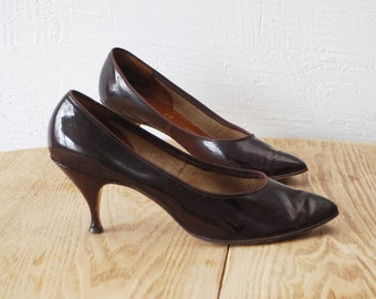 SALE...50s shoes. 50s patent leather heels. 50s heels  - eur 36.5, us 6, uk 3.5