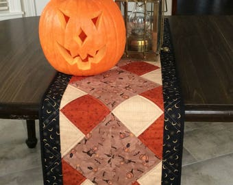 Bon Quilted Halloween Table Runner, Rustic Home Decor, Primitive Country Table  Topper For Halloween Party