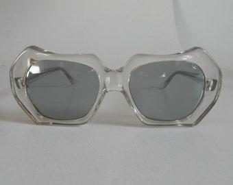 Vintage Clear Curvy Hexagonal Sunglasses