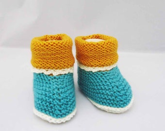 Baby Booties, Cute Baby Booties, Wool Baby Booties, 0-6 months, Yellow and Aqua Blue Booties