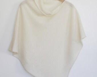 Poncho Soft Merino Lambswool Cream White