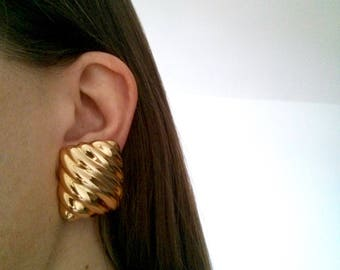 """Large Bold Modern Gold-tone Clip-on Earrings --  Vintage Quilted """"Puffer"""" Rectangular Statement Pieces"""