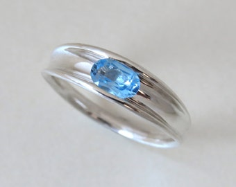 Blue topaz gold ring, unique engagement ring, blue topaz ring, oval engagement ring, topaz gold ring, 14k gold ring, sky blue topaz.
