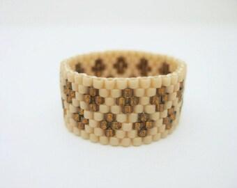 Peyote Ring / Beaded Ring in Terracotta and Topaz / Size 8 Ring / Beadwork Ring / Peyote Band / Custom Ring / Beadwoven Ring /
