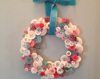 Icy Holiday Button Wreath
