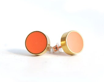 Brass and Resin Coral Geometric Circle Stud earrings