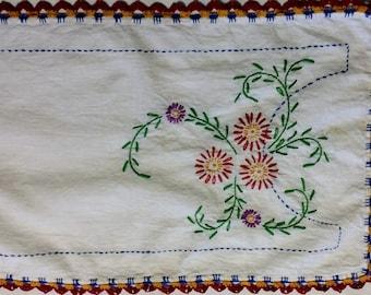 Vintage Red Flowers Linen Table Runner/ Antique Table Doily/ Vintage Dresser Scarf / Hand Embroidered Table Piece, vintage  runner
