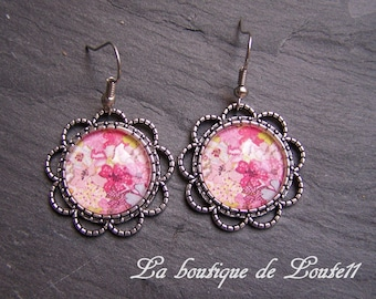 Cabochon image Fleur earrings and pink