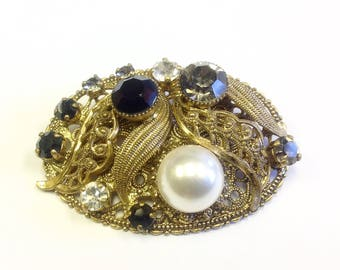 Vintage, gilt filigree, pearl and paste brooch.